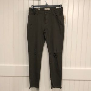 Olive lucky brand distressed jeans